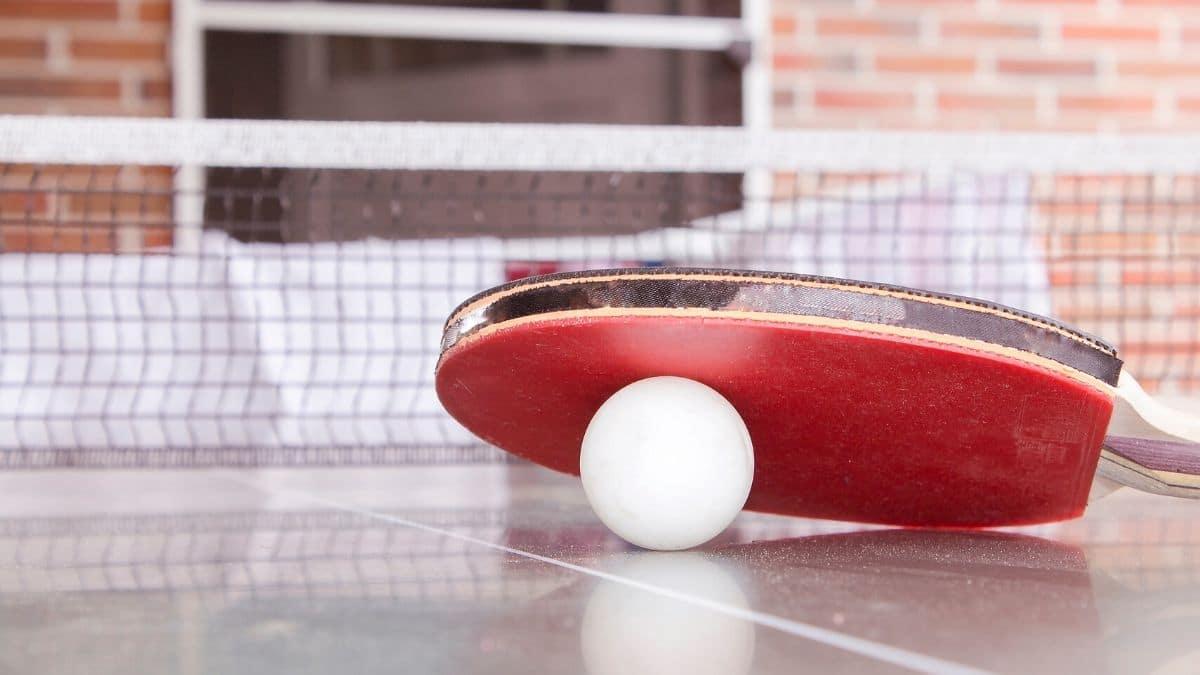 Hacer deporte en casa es posible y el tenis de mesa es una buena alternativa